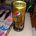 写真: サンデー買いにコンビニに行ったらペプシエナジーコーラが売ってた。...