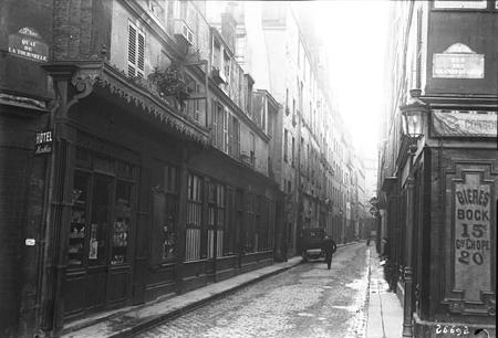 Rue_Maitre-Albert,_Paris,_1913