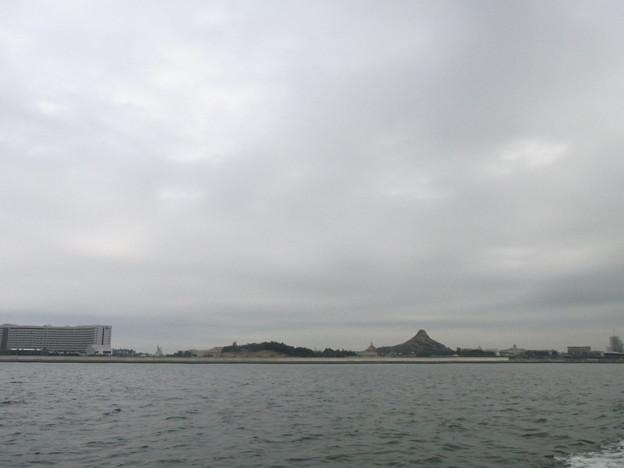 Photos: 東京湾からディズニーランド
