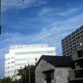 写真: 寝落ちしてた〓 博多は夏の空です!朝からセミが鳴いてるし、このまま...