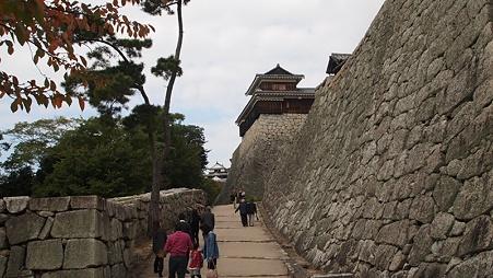 松山城へ2