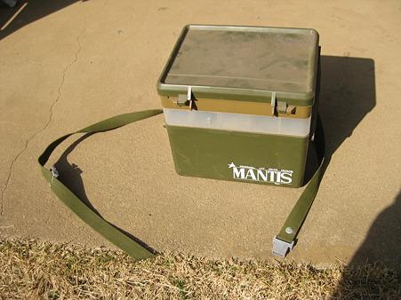 WILD MANTIS ウエストタックルボックス