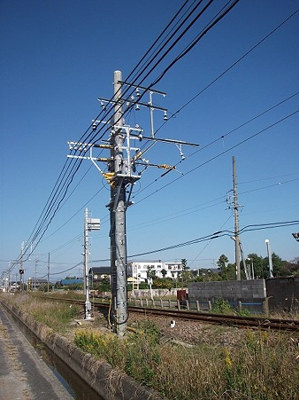 1106-pole1_1