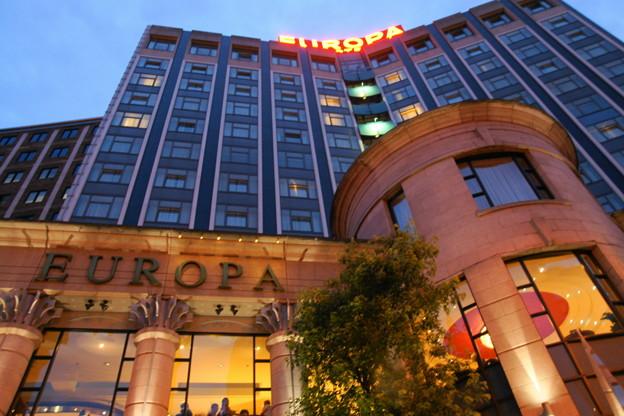 世界一爆破されたホテル