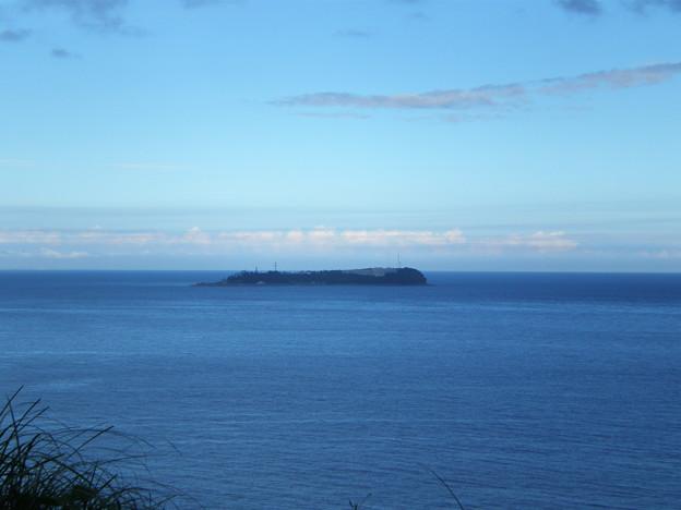 初島を望む