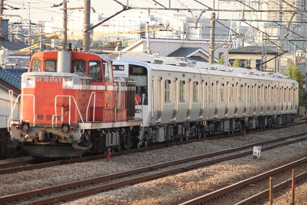 DE10 1565 南海電鉄8000系甲種輸送