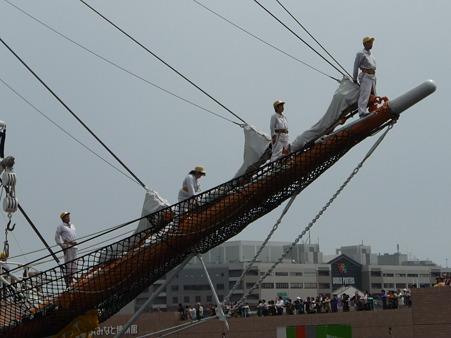 100429-日本丸 総帆展帆-25