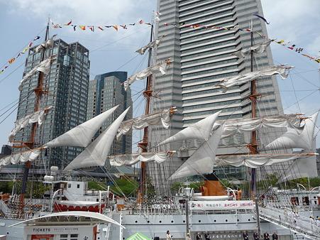 100429-日本丸 総帆展帆-91