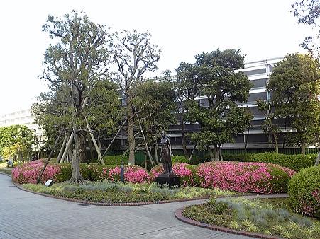 110525-横浜駅西口屋上 (3)