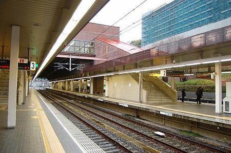 名谷駅ホーム