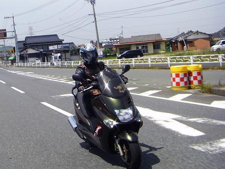 カナブン号登場