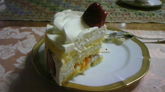 写真: ケーキ断面
