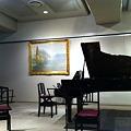 Photos: 講堂のピアノ