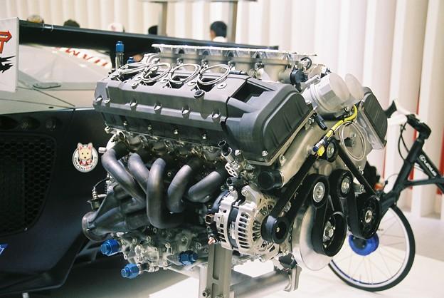 LEXUS LF-A Engine