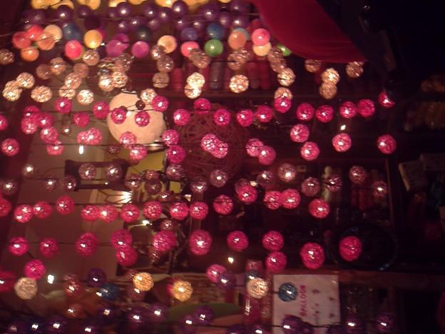 バンコク|ナイトバザール 売り物の電飾です