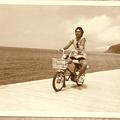 写真: 新島 レンタルバイク ロードパル