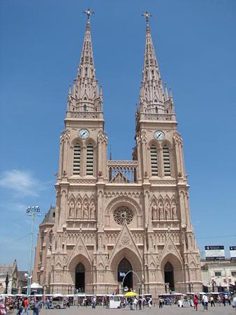 Basilica-Lujan