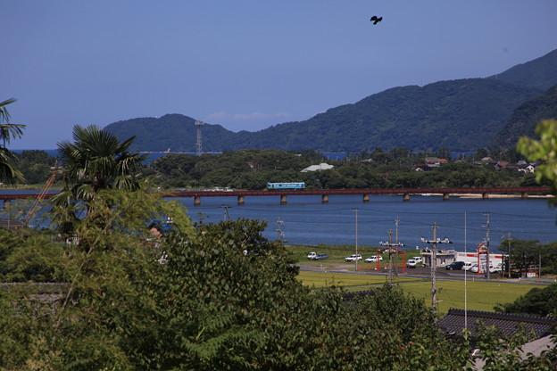 由良川を見下ろす